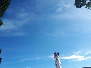 Jam gadangnya lagi dipugar 🏫💗...#jamgadang#travelpadang #bukittinggi#clozetteid#westsumatra