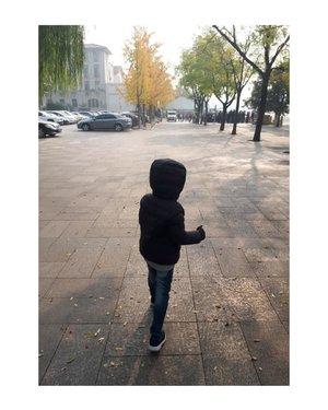 Assalamu'alaikum Beijing 🏙⛩🌪...#energyofasia #winterinbeijing #nihao #clozetteid #newlifenewjourney