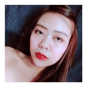 #clozetteid #makeuptutorial #beauty #tutorial #beautygangjogja #beautytips #beautygoersid #makeuptutorial #glossylips #kbbvfeatured #wakeupandmakeup @bunnyneedsmakeup @beautygoers @indobeautygram