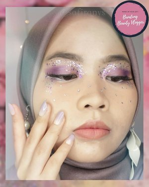 """Purple means I will love you and trust you for a long time 💜- Taehyung @bts.bighitofficial This is my collaboration with @bandungbeautyvlogger💕..Disini aku dari team bertema """"Glitter Makeup"""" bareng temen-temen dari Bandung Beauty Vlogger lainnya :@felliciaiueo@thalitapusp@fitrirzkya.Jangan lupa support mereka juga✨..#bandungbeautyvlogger #bbvcollab #glittermakeup #BBVCollab #makeupcollaboration #bandung #beautyenthusiast"""