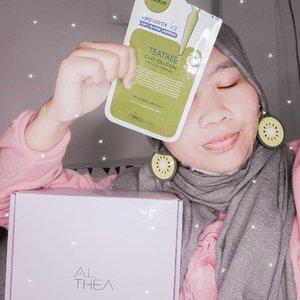 Siapa sih yang nggak kenal skincare Korea?🤔 Kayanya belakangan ini skincare Korea makin populer aja. Jangan sampai tergiur dengan yang murah, eh ketipu sama barang KW 😭 Mendingan jajan di @altheakorea aja, barangnya pasti asli karena dikirim Korea. Murah juga wajar karena dikirim dari korea dan ga kena pajak 🤣👌 Bisa COD juga! Baca lebih lengkapnya di blogku, ya. Link di bio 🤗#AltheaIndonesia #AltheaKorea #bdgbbxalthea #skincare #skincarekorea #sheetmaskmediheal #medihealmask #mediheal #medihealteatree #medihealmurah #clozetteid