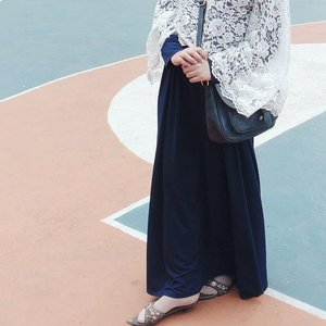 Let's just go back to the way it was🇮🇩✨ #clozetteid #glam #kondanganootd #shasoutfit #lace #hijab #hijabioutfit #starclozetter