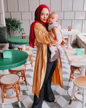 Sunday lunch with Abryzam ❤️ #ootdhijab #ootd #clozetteid