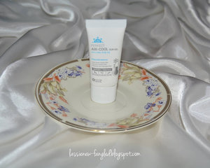 Lassie Newfangled: [Review] SNP UV Perfect Air-Cool Sun Gel