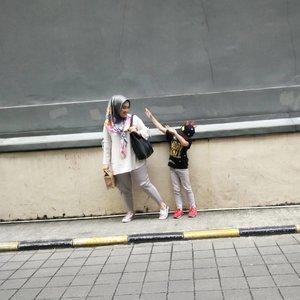 Begini rasanya punya anak bujang generasi alpha 😆  #clozetteid #motherhood #kidsootd #ootd #kidsfashion #kidstagram #kidsofinstagram #motherhoodthroughinstagram #hijabfashion #hijabstyle