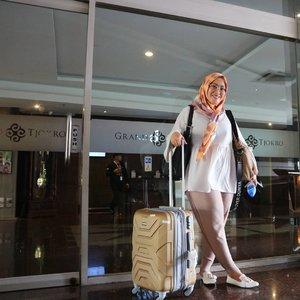 Apakah ini saatnya tereleminasi? 😝✌ #clozetteid #hijabstyle #andiyaniachmad #socialmediaqueen #stylediary #socialmediamom #hijabfashion #lifeofablogger #lifestyleblogger #ootd