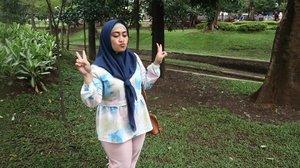 Oh besok senin ya? Okelah 😋#clozetteid #canonm10 #lifestyleblogger #stylediary #socialmediaqueen #andiyaniachmad #instagramhusband #ootd #hijabstyle #hijabfashion #sundayvibes