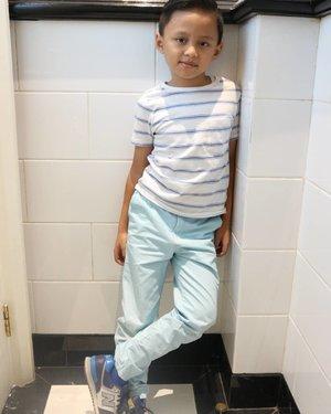 Anak bunda ganteng gayanyaaaa 😛#kidsstylezz #kidsofinstagram #stylediary #clozetteid #kidsootd #darelladhibrata #kidsfashion