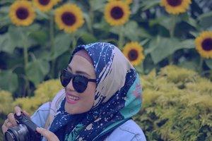 September ceria 💞🙌💪😇 #clozetteid #lisnamotret #saturdayvibes #stylediary #andiyaniachmad #socialmediaqueen #hijabinspiration #mood😍