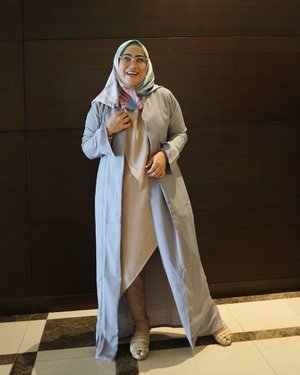 Ootd 😁 dipotoin sama @amalliasarah 😘Outer by @havaid #clozetteid #ootd #modestmouse #modestfashionbloggers #stylediary #andiyaniachmad #wiw #hijabinspired