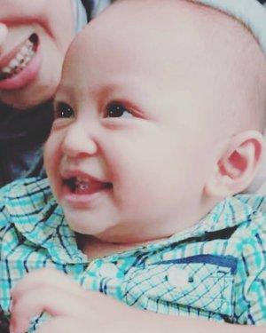 When #darelladhibrata 11 months old 😁 lekas sembuh ya de' 🤗 #clozetteid #wednesdaymood #throwback🔙