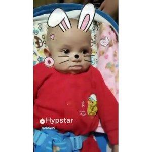 Bayik botak kepala panjul, kuping caplang, pipi tumpah, ileran asoy, mata belo, idung mancung gemaasssshhh #babyvideos #cutebaby #hypstarapp #hypstarindonesia #hypstar #hypstarid #hypstarsquad #clozetteid #cutebaby #babyboy #babyoftheday #babyshark