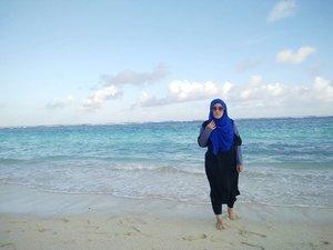 Thankful  #pandawabeach #bali #stylediary #andiyanipics #bouncheid #bounchesummerescape #clozetteid #clozettehijab #ootd #travelinstyle #travels #travelblogger #lifeofablogger #travelwithstyle #hijabtravelers #hijabtravelerstyle