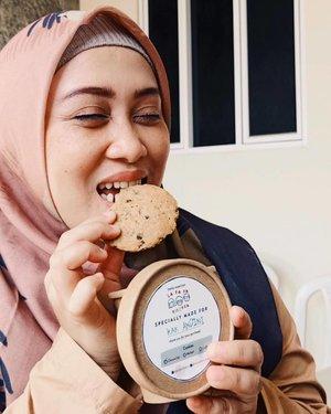 Icip cookies dari @lafafakitchen yang rasanya enaakk banget, 30rb isi 5 beb 🥰 Selain cookies ada muffin juga, #homemadefood semua #baking #dirumahaja 💕Go stalking their feeds @lafafakitchen 🥳#foodstagram #cookiesofinstagram #cookies #foodlover #ClozetteID