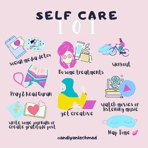 Akibat butuh pelampiasan biar emosi bisa tersalurkan ke hal positif, lantas terciptalah visual content art ini 😁yang penting mamak senang lah 🙈#canvasart #andiyaniachmad #clozetteid #selfcare #mentalhealth #loveyourself