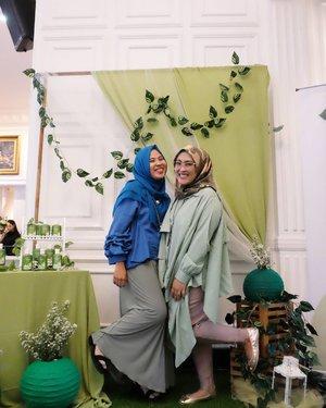 #kidsjamannow sama #ibuibujamannow, yaaa 11 12 lah 😅😂😋 #clozetteid #lifestyleblogger #socialmediaqueen #friendship #bloggerhoreey #hijabstyle #hijabsquad #hijabfashion