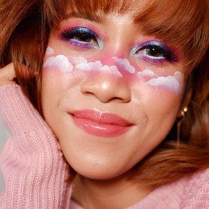 Berawan seperti Jogja hari ini~ --- Happy weekend! 😚 --- #clozetteid #faceoftheday #facepainting #makeup #muajogja #beauty #bloggerindonesia #bloggerperempuan #funmakeup