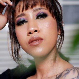 Sevuah inspirasi makeup untuk silaturahmi online di hari Lebaran nanti 💃 --- #clozetteid #faceoftheday #bloggerperempuan #makeupindo #muajogja #makeupartist