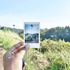 YASHH, keseruan trekking di Bukit Campuhan ampe rasanya mau pingsan udah tayang di blog! ❤️.Iya iya aku cemen, gengs 😌 Lah biasanya ke mana-mana naek motor (Indonesian typically) jadi bisa survive jalan kaki 6 KM itu sungguh prestasi! 👏🏼👏🏼.Kalo mau baca, cuss langsung ke www.HildaIkka.com ato bisa klik link yang ada di bio-ku! 💋.#ClozetteID #HildaIkkaGoesToBali #TripToUbud #DiaryTravelingHilda #CampuhanRidgeWalk #TjampuhanSacredHills #PesonaUbud #PesonaBali #FromUbudWithLove