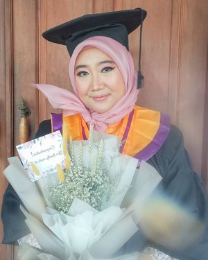 I did mistake in the past so I couldn't take a degree. Then I met my husband, I told him that I wanna marry him but also go to the university. I clearly remember afterward we surveyed 3 candidate universities. He didn't mind to support me fully material and immaterial. He want me to learn as I have a chance. So here I am 4 years later, I graduate from communication science. I really thankful for him. I have to admit that I may not independent as women out there, I only have incredible partner the whole time. ❤️.ps: I'm really sorry for my parents bcs I couldn't fulfill their dream 😞 but I know they're happy as long as I'm fine and happy ☺️.#ClozetteID #hijab #makeup #appreciationpost #wisudadirumahaja #congradulations #congraduation #wisudauntag #untagsurabaya