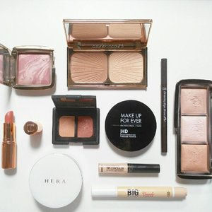 Products I use mostly for my every day's makeup 💋 💙#Hera UV Mist Cushion 💙#TheSaem Cover Perfection Tip Concealer 💙#EtudeHouse Big Cover Cushion Concealer 💙#Nars Duo Eyeshadow (Hammamet) 💙#MakeUpForEver HD Pressed Powder 💙#Hourglass Ambient Lighting Palette 💙#CharlotteTilbury Filmstar Bronze & Glow 💙#EtudeHouse Drawing Eye Brow 💙#Hourglass Ambient Lighting Blush (Mood Exposure) 💙#CharlotteTilbury K.I.S.S.I.N.G Lipstick (Bitch Perfect)