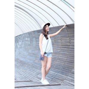 📷 @jenniferli__ . . . #ootd#ootdindo#ootdsg#lookbookindonesia#indonesianbeautyblogger#clozetteid#可愛い#beautybloggerindo#beautyblogger#beautyvlogger#fashionblogger