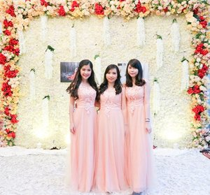 Live life to the fullest 🌸 . . . . #pretty #gown #peachgown #love #lovely #potd #ootd #clozetteid #girls #asiangirls #beautiful #ilovemyjob #yolo #swag #latepost #tbt