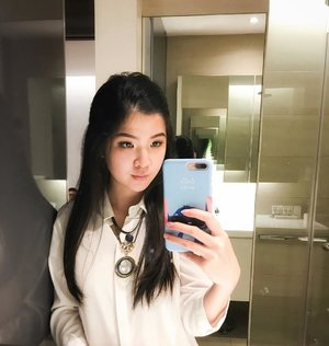 Long time no #mirrorselfie 😂😘 . . #selfie#可愛い#clozetteid#beautyblogger#beautybloggerindo#ootd#ootdindo#ootdsg#lookbookindonesia#indobeautygram