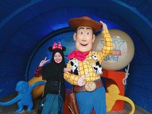 Woody  #toystory #woody #disneyland #disneylandhk #discoverhongkong #hongkongtrip #explorehk #traveldiary #letsgosomewhere  #aroundtheworld #MCjalanjajan #MChongkongtrip #travel #clozetteid