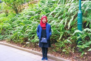 Abaikan hijab yang belum disetrika 😂😂😂 #CellaHongKongTrip #CellaJalanJajan #Travel #HongKong #HongKongTrip #HongkongZoologicalandBotanicalGardens #TheDreamyTravels #WomanTraveler #Traveling #TravelBlogger #InstaTravel #TravelGram #HongkongZoological #ToyStory #Andy #Clozetteid #DareToShare
