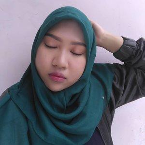 Morning beautieess!! Flawless makeup look untuk sehari-hari 😋#clozetteid #bcairycushion #socialcosmetics #sayyestoflawless #LoopSquad2018 #nisalook #beautyenthusiast #beautychannel #bloggerindonesia #bloggerjakarta #instatoday #instadaily