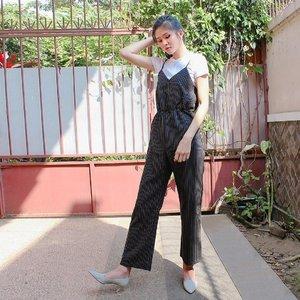 #ootdindonesia #ootdindo #tweegram #photooftheday #me #instamood #cute #ootdfashion #fashion #ootd #ootdmagazine #igers #picoftheday #food #instadaily #instagramhub #beautiful #girl #iphoneonly #instagood #stripestyle #jj #sky #indonestyle #stripe #webstagram #sun #clozetteid #happy