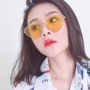 Butuh liburan nih 😤😤Belanja dulu sekarang. Liburan ntar.Yuk nonton video youtube haul buat dapat referensi belanja kalian.Tinggal klik link :https://youtu.be/W5mjZF_AAjo#clozetteid #kacamata #sunglasses #dirumahaja #holidays #holiday #vacation #happyholidays #parties #fun #happy #family #love #pink #summer #together #beautyjournal