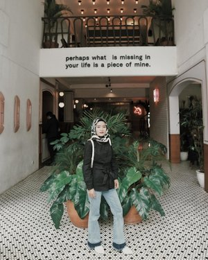Perhaps what is missing in your life is a piece of mine ~...#ootd #ootdfashion #ootdindonesiaa #cafebandung #clozetteid