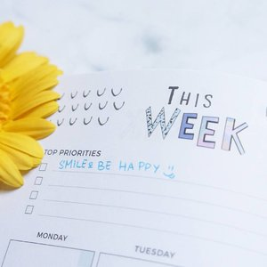 Be Happy Sunshine 💖  #Happy #Happiness #Quotes #LifeGoals #Relationshipgoals #sunflower #thisweek #instamood #whathappens #styleblogger #vscocam #beauty #clozetteid #ulzzang  #beautyblogger #fashionpeople #fblogger #blogger #패션모델 #블로거 #스트리트스타일 #스트리트패션 #스트릿패션 #스트릿룩 #스트릿스타일 #패션블로거 #bestoftoday #style #makeupjunkie #l4l