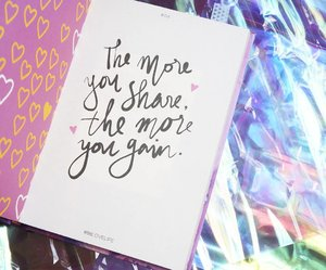 Note to my self! It's not who you are but how you share the joy upon others💕  #ClozetteID #Quotes #88lovelife