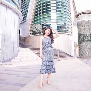 Another latepost from last year project. Turns out there's a lot of unused content that I havent posts. . . . Wearing @styletheoryid dress , that you could rent along with countless designer piece from around the world with their monthly subscriptions . Infinite wardrobe, you could say ❤️ . . . .  #itselvinaaootd #clozetteid #ootdfashion #ootdinspiration #ootdindonesia #lookbookindonesia #shoxsquad #theshonetinsiders