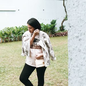 Wearing jacket from Sapto for Gaudi for @gordi.id X @tinkerlustid event yesterday