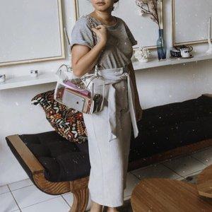 Clear bag + greyish . . . . . . #clozetteid #ggrep #celliswearing #darlingweekend #outfitoftheday