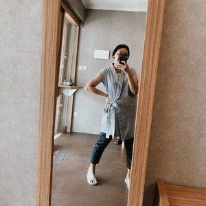 Mengikuti gaya tolak pinggangnya bun @wynneprasetyo 😙 - #celliswearing  #clozetteid  #whatiwear