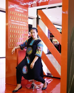 Attending Beauty Demo @yslbeauty With mua cici @christin_bun . . . #Endangermered #Yslbeautyid #likeforlikes #like4likes #likeforfollow #like4likes #likeforlikeback #photooftheday #fff #beautyblogger #indobeautygram #bblogger #asianblogger #bbloggers  #YossiMakeup #ClozetteID #Indobeautysquad  #Selebgram #Beautynesiamember  #BloggerMafia #BeautyBloggerIndonesia #beautyblogger  #tampilcantik #blogger