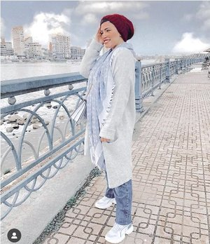 Winter stylish chic hijab styles | | Just Trendy Girls