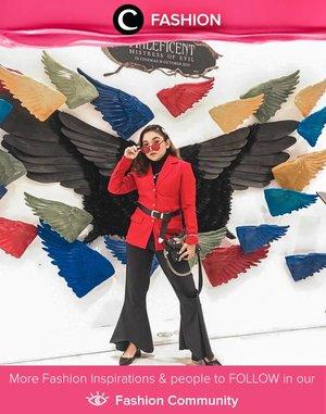 Business chic style ala Clozette Ambassador @lidyaagustin01. The blazer's color is difinitely an attention stealer! Simak Fashion Update ala clozetters lainnya hari ini di Fashion Community. Yuk, share outfit favorit kamu bersama Clozette.