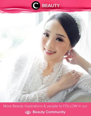 Clozette Ambassador @theresiajuanita looks lovely on her Wedding Day! Simak Beauty Update ala clozetters lainnya hari ini di Beauty Community. Yuk, share produk favorit dan makeup look kamu bersama Clozette.