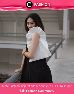 Bag and accessory in one go? What not? Image shared by Clozette Ambassador @janejaneveroo. Simak Fashion Update ala clozetters lainnya hari ini di Fashion Community. Yuk, share outfit favorit kamu bersama Clozette.