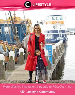 Clozette Ambassador @wennykyuuto struck a pose with her baby boy before sailing. Simak Lifestyle Update ala clozetters lainnya hari ini di Lifestyle Community. Yuk, share momen favoritmu bersama Clozette.
