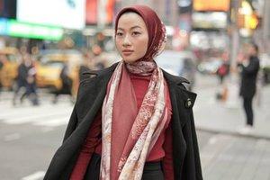 Gaya New Yorker di Koleksi Hijab Voal & Satin Silk