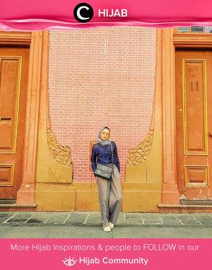 Ingin jalan-jalan santai hari ini? Pilih outfit yang nyaman untuk melengkapi harimu, Clozetters! Image shared by Clozetter @silviputri. Simak inspirasi gaya Hijab dari para Clozetters hari ini di Hijab Community. Yuk, share juga gaya hijab andalan kamu.