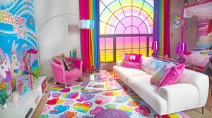 OMFG, You Can Stay in a Lisa Frank Hotel Room and Finally Live Out Your '90s Rainbow Dreams