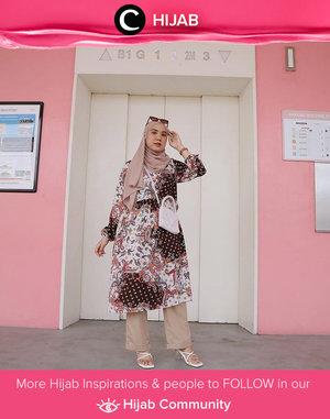 Elegant pattern is never out of style! Image shared by Clozetter @nabilaaz. Simak inspirasi gaya Hijab dari para Clozetters hari ini di Hijab Community. Yuk, share juga gaya hijab andalan kamu.